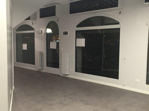 Ristrutturazione negozio Parrucchiera  a Melegnano (MI)